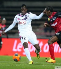 hadi-sacko---jeremy-sorbon-04-12-2013-guingamp---bordeaux-16eme-journee-de-ligue-1---20131205092615-2181