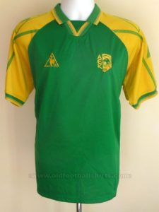 aek-larnaca-home-football-shirt-1999-2000-s_9172_1
